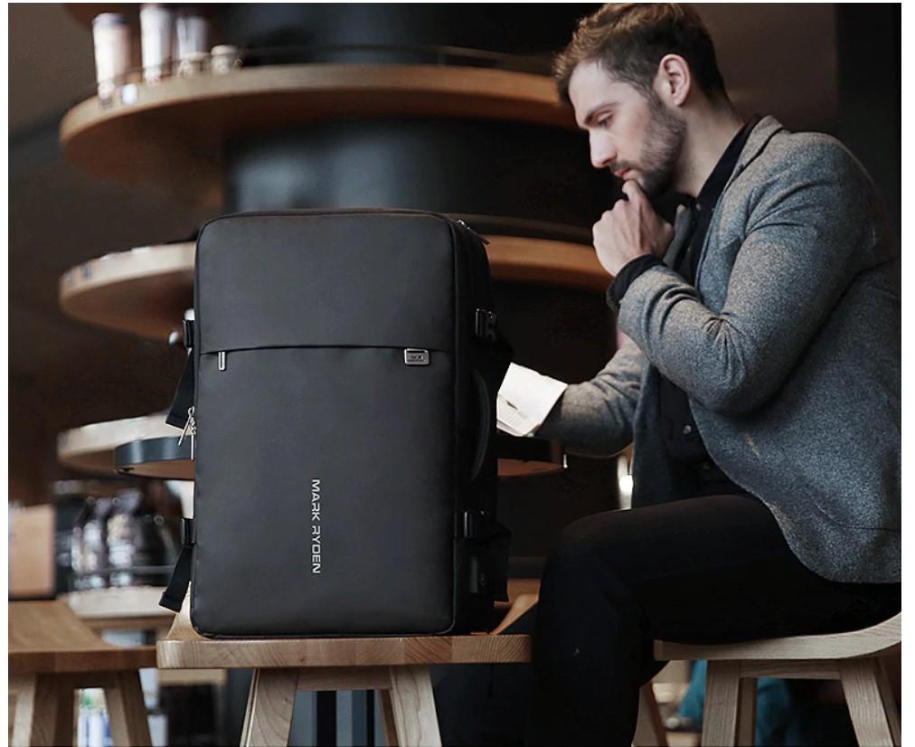 Men's Adjustable USB Backpack